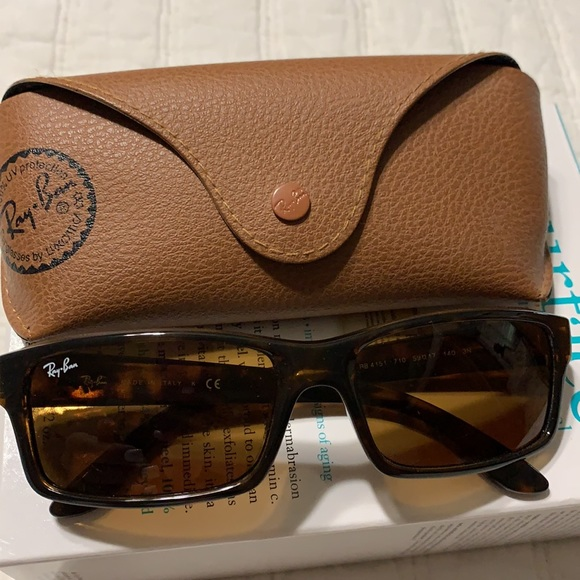 Rayban sunglasses with case